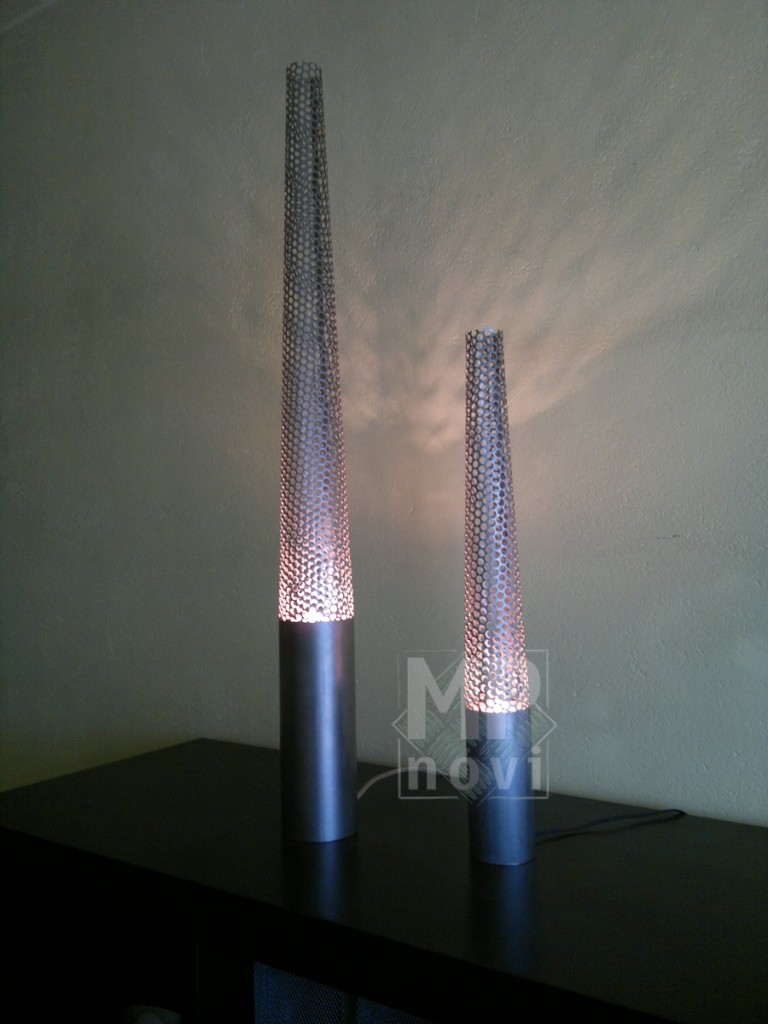 Wyposażenie wnętrz - Lampa stojąca