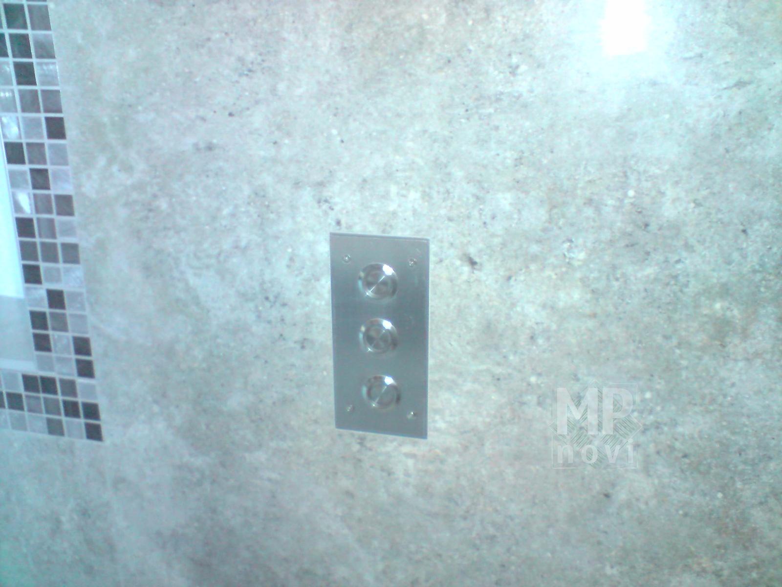 Skrzynki i obudowy - obudowa ścienna na przyciski